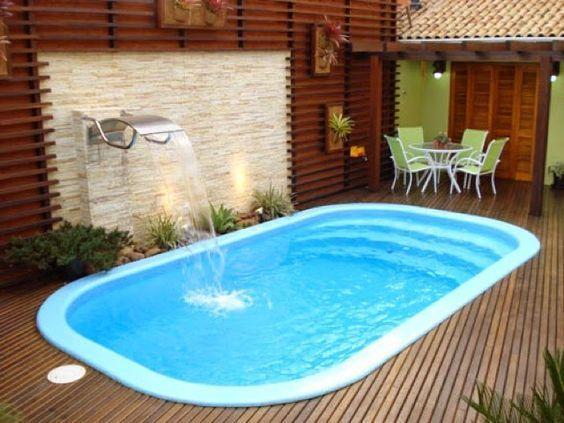 piscina de poliester reforzado