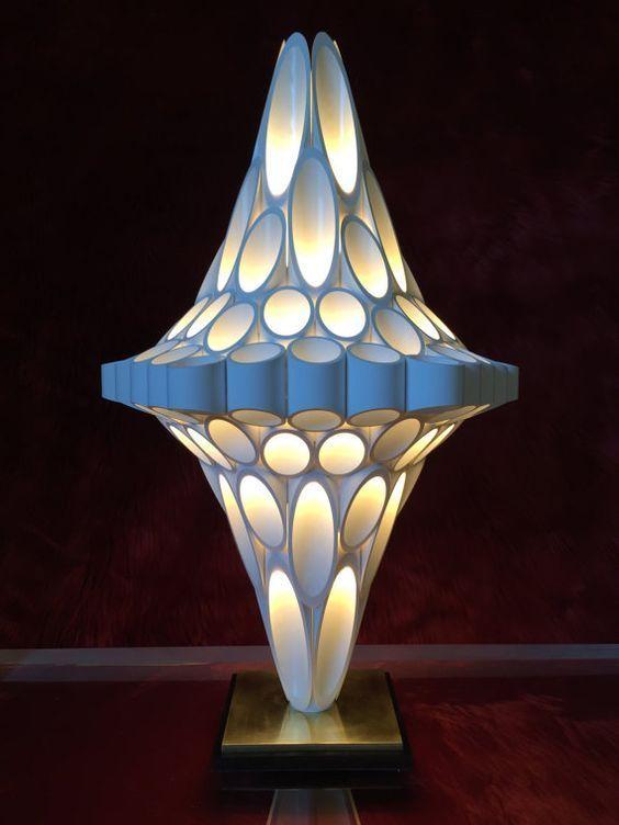 lampara de pvc en color gris