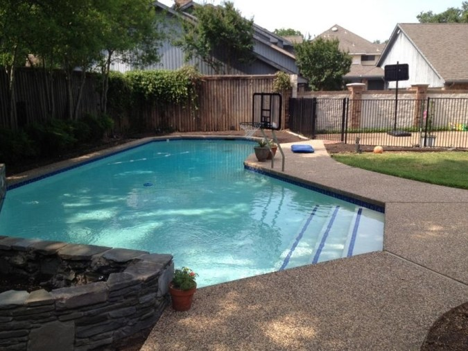 piscina sin reformar