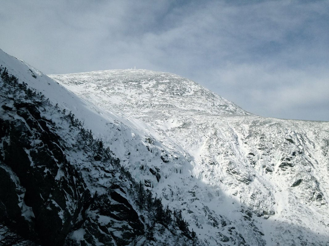 The cumbre looking pretty wintery. Folks were climbing some fun looking stuff all over the bowl!