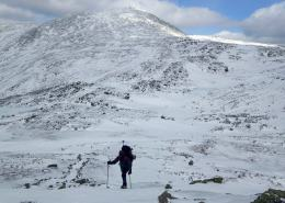 Tom takes out the ice axe for an icy Monroe; Washington behind.