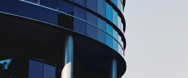 Smart Building Gebäude Frontale blau
