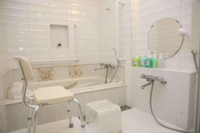 【英国カントリーハウス ブルックフィールドファーム】Heritage 1号室(4名定員 バス・トイレ付 バリアフリー仕様)