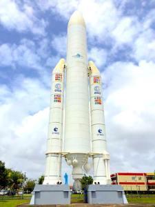 Fusée au centre spatiale guyanais à Kourou, qui sommes nous ?, Imm'Horizon Finances