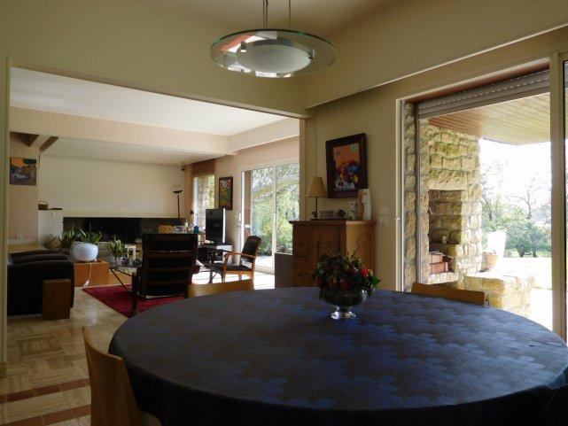 Vente Maison 7 Pieces De 285 M2 29300 Baye 903  bien de lagence Agence Immo 29  Appartement