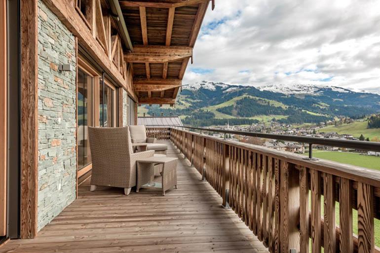 Dachgeschosswohnung in Kitzbühel mit Balkon