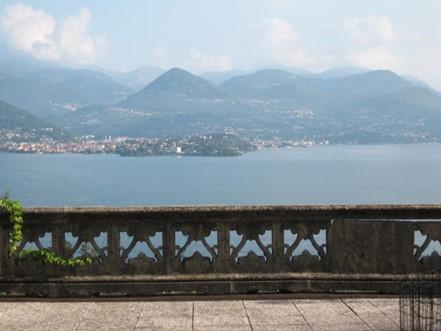 Villa Art Nouveau vista lago