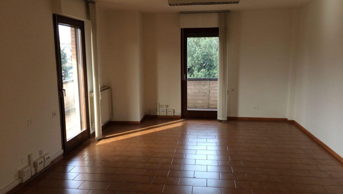 ufficio blu stanza doppia 44,80 mq