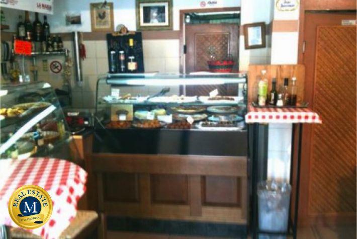 LOCALI COMMERCIALI AFFITTO  Ristorante pizzeria disco pub ad Alghero