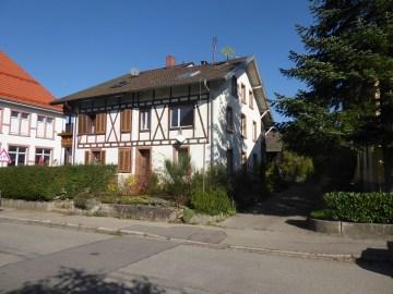 ++VERKAUFT++ HANDWERKER AUFGEPASST – Schönes altes Haus für schöne neue Ideen, 79650 Schopfheim, Einfamilienhaus