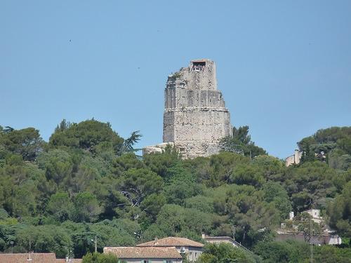 Tour magne Nîmes immobilier company