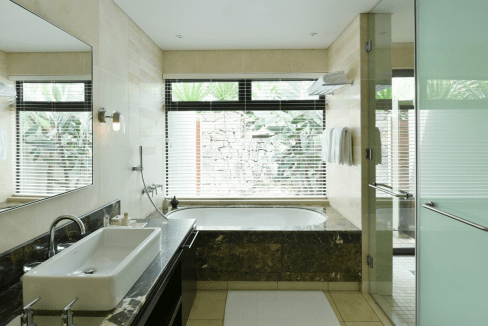 Anahita Mauritius Four Seasons Resort superbe villa style contemporain. immobilier-swiss.ch