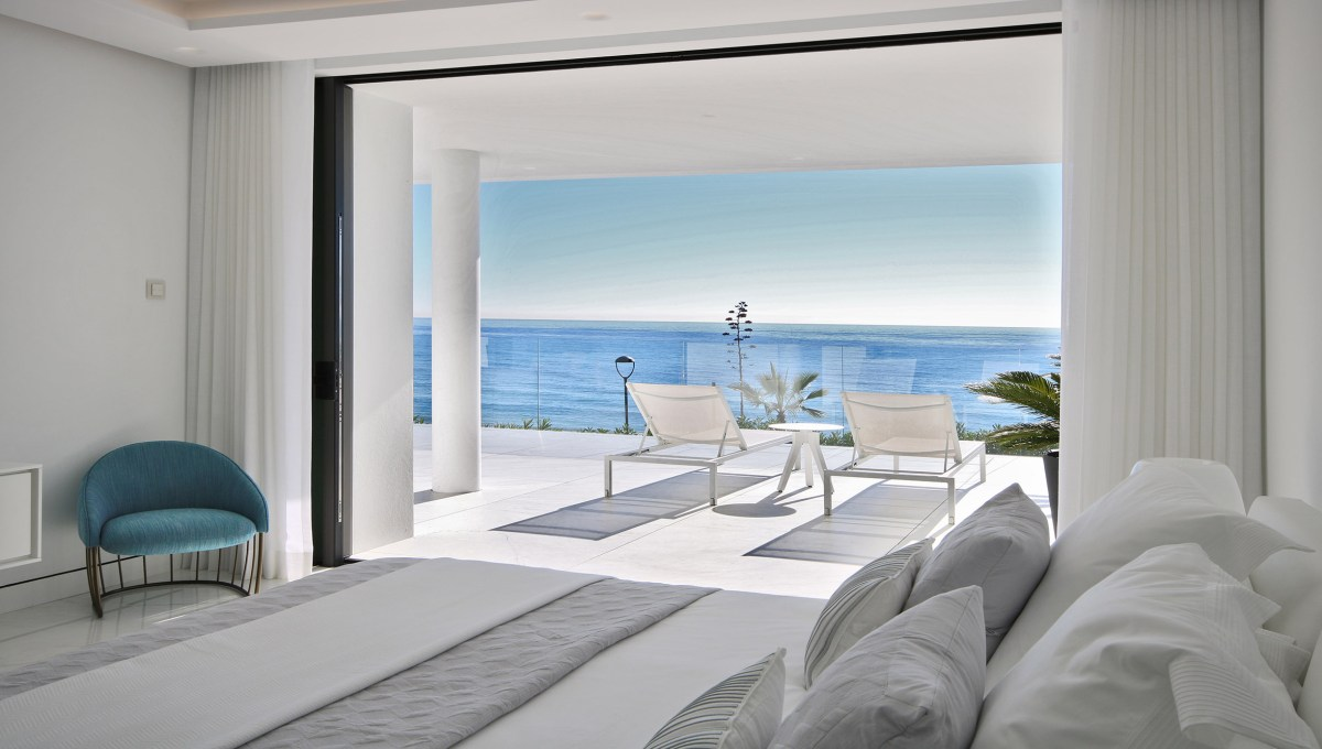 frontline beach development luxury16