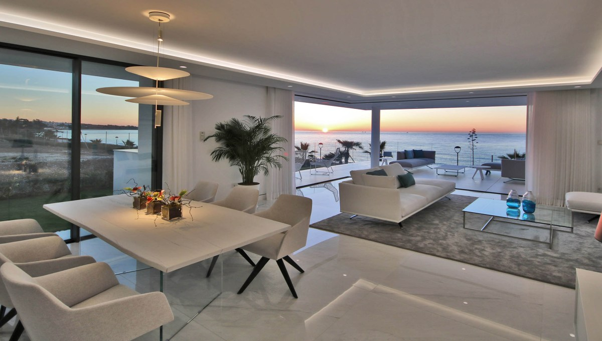 frontline beach development luxury19