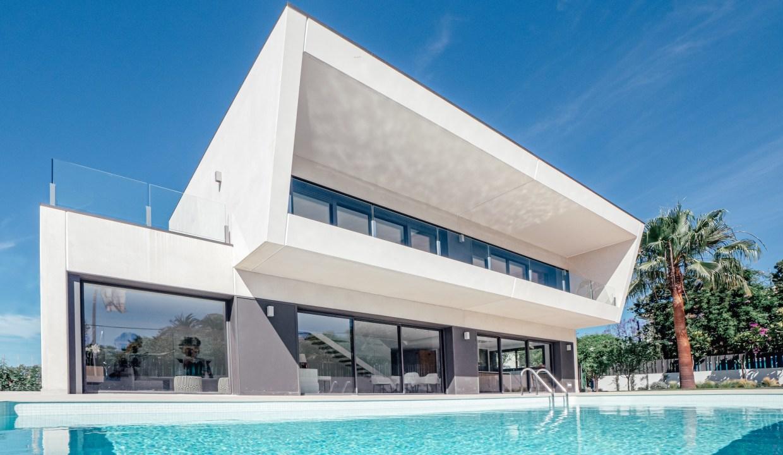Villa sur un terrain de 841 m2 vous pourrez profiter de la Costa del Sol 2