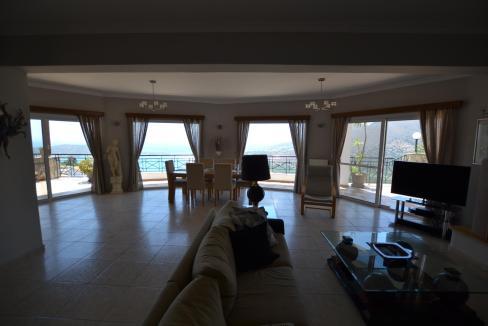 Vue panoramique sur la Méditerranée villa 4 chambres 220m2 licence EOT10