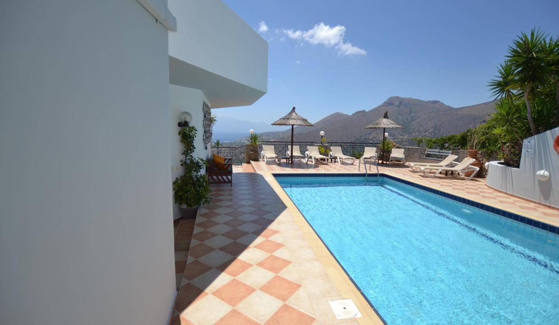 Vue panoramique sur la Méditerranée villa 4 chambres 220m2 licence EOT8