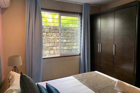 Appartement de 3 chambres pied dans l'eau à vendre Trou d'Eau Douce57