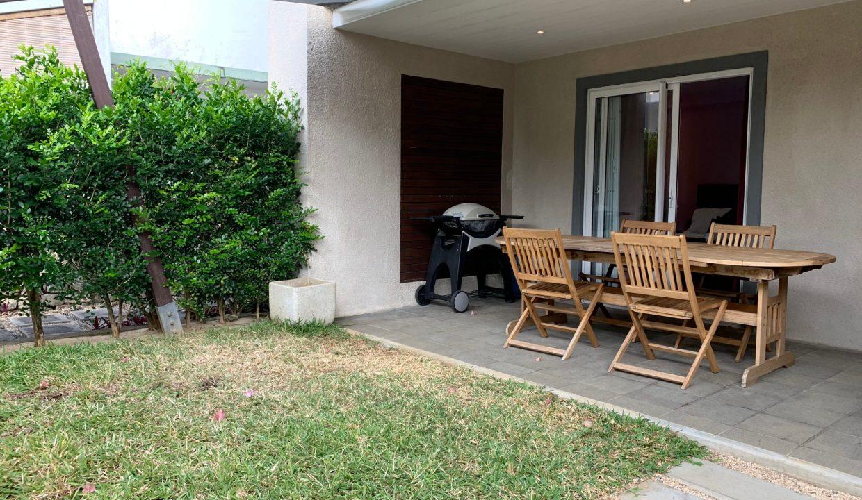 Appartement de 3 chambres pied dans l'eau à vendre Trou d'Eau Douce76