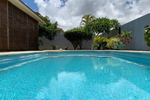 Jolie villa sécurisée avec vue sur mer et les îles du Nord à Calodyne0