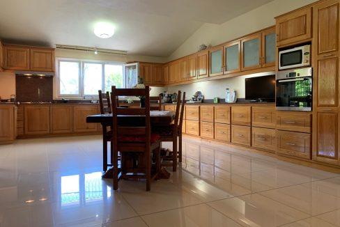 Jolie villa sécurisée avec vue sur mer et les îles du Nord à Calodyne14