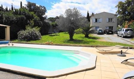 Immobilier maison a vendre grand terrain nimes immobilier for Achat maison uchaud