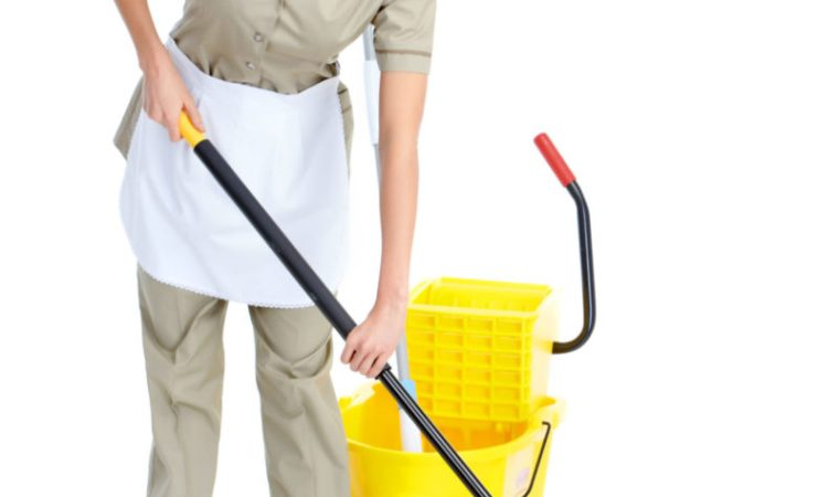 Des conseils pour bien organiser les tâches d'une femme de ménage