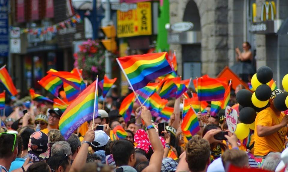 omotransfobia è un