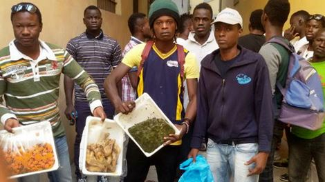 protesta-immigrati-cibo