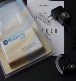 the voyager 520 isn t the most stunning bluetooth headset you ve ever seen there are headsets that are smaller sleeker and use better colors  [ 1024 x 768 Pixel ]