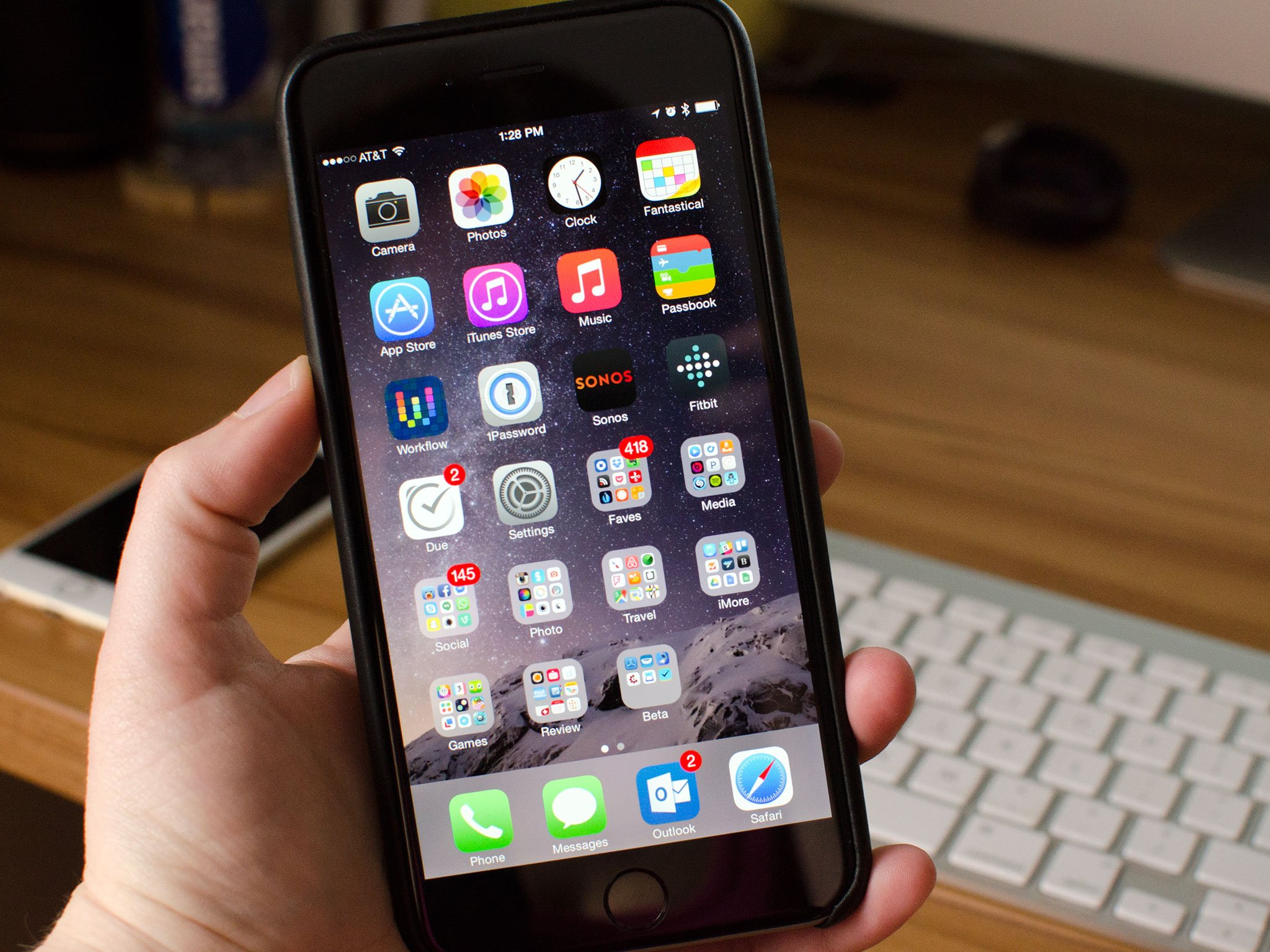 Free Live Wallpaper Apps For Iphone X How To Use Your Iphone 6 Plus One Handed Imore