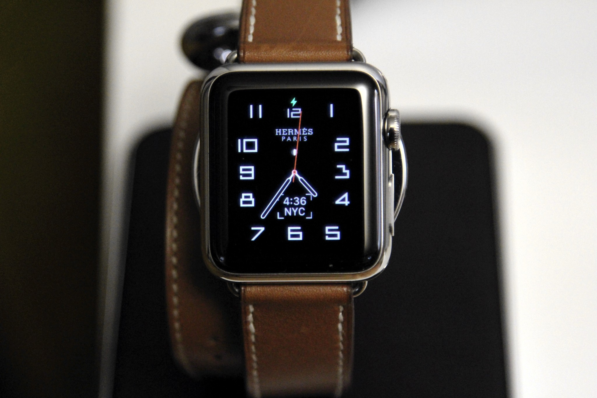 The Hermes Custom Apple Watch Face Gives Me Hope For Third