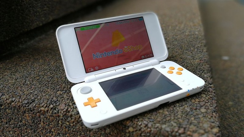 Save 20 On The Nintendo 2ds Xl With Mario Kart 7 Pre Installed And Game On The Go Imore