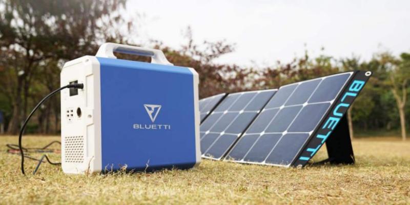 Bluetti EB150 and Solar Panels