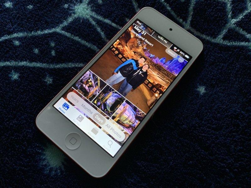 iOS 13 Photos app on iPod touch 7