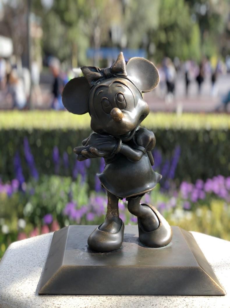 Minnie statue at Disneyland Hub