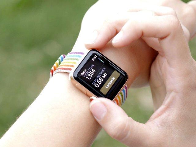 Apple watch showing Activity challenge
