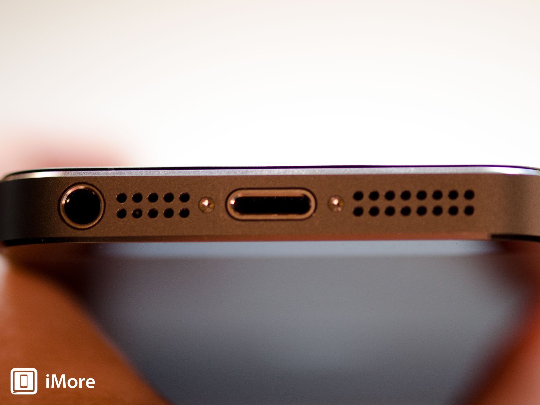 hight resolution of remove the two security screws on both sides of the dock connector
