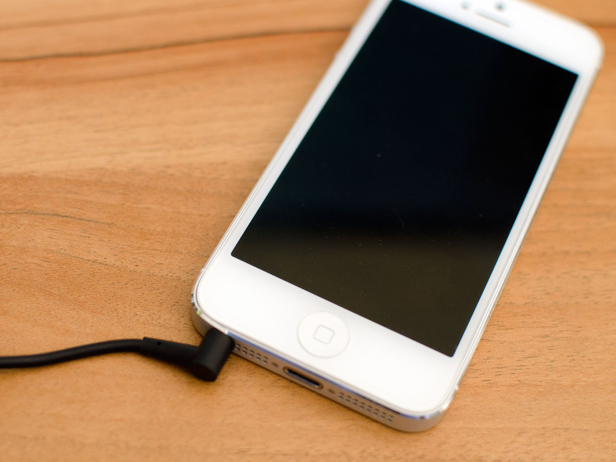 medium resolution of how to replace a broken headphone jack in an iphone 5