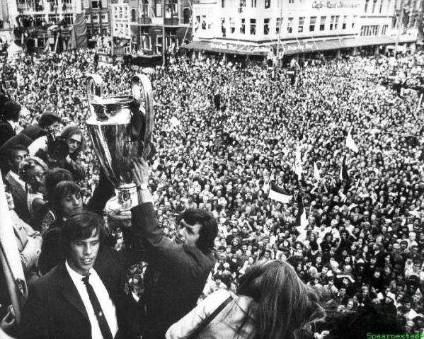 huldiging_ajax_europacup_3juni1971