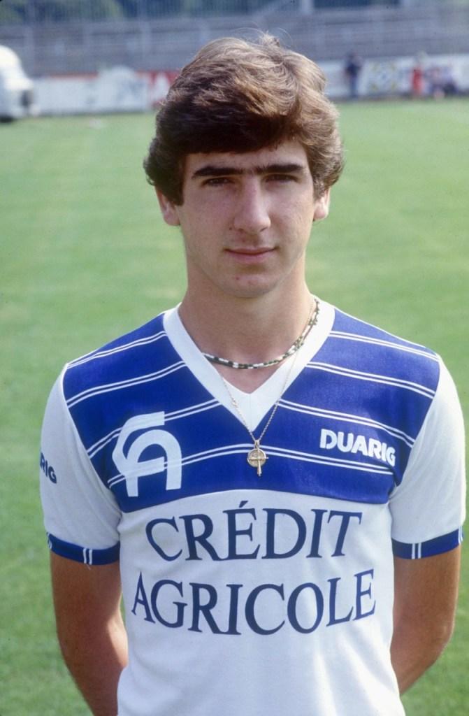 Eric-Cantona-aos-17