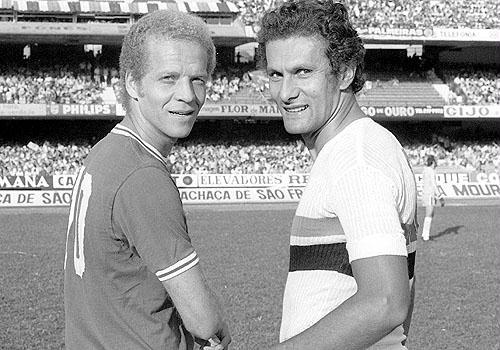 Ademir da Guia e Pedro Rocha: estrelas do futebol paulista nos anos 70.