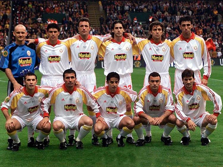 Galatazaray - Campeão da Copa da Uefa (99-00)