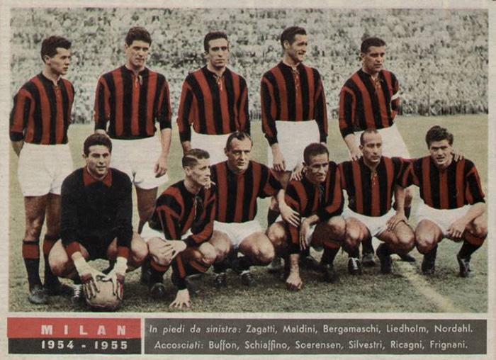 O Milan campeão italiano de 1955.