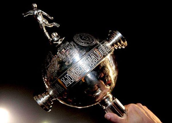 trofeu-copa-libertadores-foto-ferreira_lanima20111223_0004_26