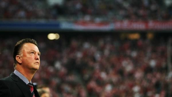 Louis van Gaal, técnico do Bayern que por pouco não faturou o Treble em 2009-2010.