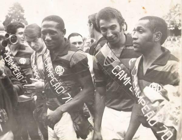 Mesmo veterano, Djalma Santos ainda teve tempo de ser campeão paranaense em 1970.