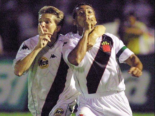 Jogos Eternos – Palmeiras 3x4 Vasco 2000 - Imortais do Futebol 8553e29da3be5