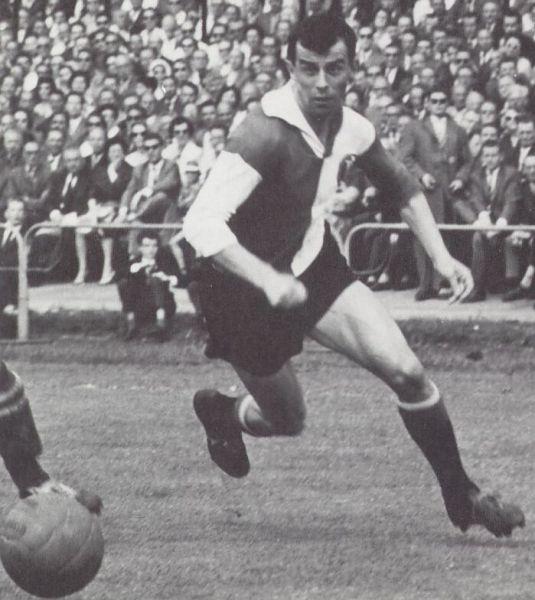 Coen Moulijn, um dos maiores atacantes da história do Feyenoord.