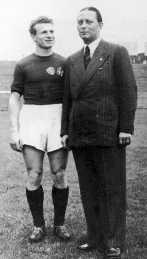 Mazzola e o presidente do Torino na época, Ferruccio Novo.